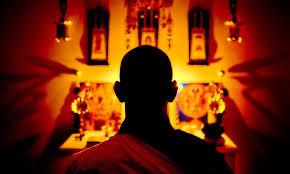 深い瞑想状態に入るコツと雑念対処法